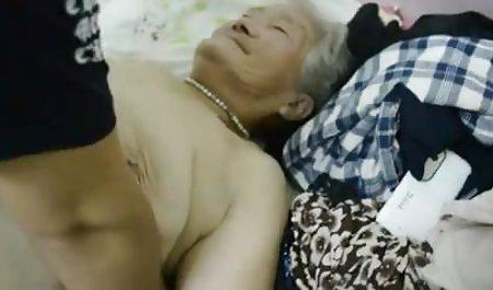奥利维亚*穆恩的裸体照片名人丑闻的个人广告的同性恋男人